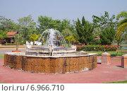 Купить «Территория парка с горячими источниками Phra Ruang Hot Springs, Таиланд», фото № 6966710, снято 17 января 2015 г. (c) Natalya Sidorova / Фотобанк Лори