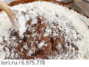 Купить «Steps of making chocolate cake : mixing ingredients. Party dessert», фото № 6975778, снято 23 мая 2019 г. (c) BE&W Photo / Фотобанк Лори