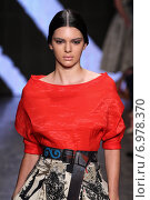 NEW YORK, NY - SEPTEMBER 08: Model Kendall Jenner walk the runway at Donna Karan New York during MBFW Spring 2015 at 547 West 26th Street on September 8, 2014 in NYC. Редакционное фото, фотограф Anton Oparin / Фотобанк Лори