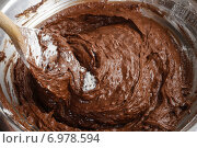 Купить «Steps of making chocolate cake : mixing ingredients. Party dessert», фото № 6978594, снято 5 июня 2020 г. (c) BE&W Photo / Фотобанк Лори