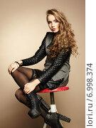 Купить «Portrait of beautiful girl in modern dress», фото № 6998374, снято 29 декабря 2013 г. (c) Ingram Publishing / Фотобанк Лори