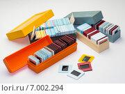 Советские пластиковые коробки для хранения слайдов, слайды в пластиковых рамках. Стоковое фото, фотограф Евгений Макеев / Фотобанк Лори