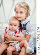 Купить «Сестрички в ретро стиле», фото № 7002374, снято 29 июня 2013 г. (c) Мария Мороз / Фотобанк Лори