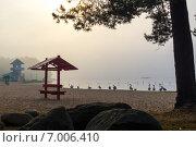 Раннее, туманное утро на озере. Стоковое фото, фотограф Роман Гурков / Фотобанк Лори