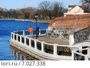 Купить «Набережная Верхнего озера. Калининград», фото № 7027338, снято 16 февраля 2015 г. (c) Сергей Куров / Фотобанк Лори