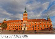 Купить «Королевский Замок в Варшаве, Польша. Построен в 1618 г., реконструирован в 1988 г. Объект ЮНЕСКО», фото № 7028606, снято 20 октября 2014 г. (c) Иван Марчук / Фотобанк Лори