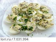 Фаршированные яйца. Стоковое фото, фотограф Алексей Маринченко / Фотобанк Лори