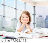 Купить «student girl studying at school», фото № 7032118, снято 31 июля 2013 г. (c) Syda Productions / Фотобанк Лори