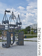 Воздушный замок (2013 год). Редакционное фото, фотограф Михаил Скутин / Фотобанк Лори