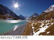 Солнечный день на Аккемском озере около Белухи. Горный Алтай. Стоковое фото, фотограф Александр Демьянов / Фотобанк Лори