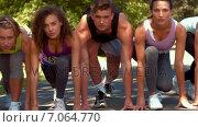 Купить «In high quality format fit people running race in park », видеоролик № 7064770, снято 17 февраля 2019 г. (c) Wavebreak Media / Фотобанк Лори