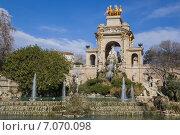 Барселона. Каскадный фонтан в парке Цитадели (2015 год). Редакционное фото, фотограф Gagara / Фотобанк Лори