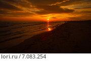 Купить «Закат на море», фото № 7083254, снято 21 ноября 2018 г. (c) Елена Корнеева / Фотобанк Лори