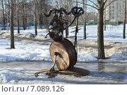 Купить «Скульптура из металлолома в сквере Знаки зодиака на Енисейской улице в Москве», эксклюзивное фото № 7089126, снято 25 февраля 2015 г. (c) lana1501 / Фотобанк Лори