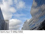 """Купить «""""Крокус-Сити"""", фасады современных зданий. Москва», эксклюзивное фото № 7092550, снято 1 июня 2020 г. (c) Svet / Фотобанк Лори"""