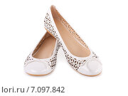 Купить «Белые ажурные туфли-балетки», фото № 7097842, снято 10 июля 2010 г. (c) Мария Разумная / Фотобанк Лори