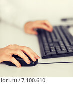 Купить «woman hands with keyboard and mouse», фото № 7100610, снято 24 апреля 2013 г. (c) Syda Productions / Фотобанк Лори