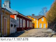 Купить «Старый Порвоо -средневековый город в Финляндии», фото № 7187678, снято 12 марта 2015 г. (c) Liseykina / Фотобанк Лори