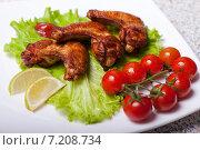 Куриные ножки на тарелке. Стоковое фото, фотограф Игорь Чекаев / Фотобанк Лори