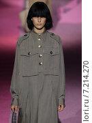 Купить «NEW YORK, NY - SEPTEMBER 11: Model Julia Bergshoeff walk the runway at Marc Jacobs during Mercedes-Benz Fashion Week Spring 2015 at Seventh Regiment Armory on September 11, 2014 in NYC.», фото № 7214270, снято 11 сентября 2014 г. (c) Anton Oparin / Фотобанк Лори