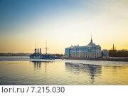 """Купить «Санкт-Петербург. Вид на крейсер """"Аврора""""», фото № 7215030, снято 28 февраля 2014 г. (c) Ксения Крылова / Фотобанк Лори"""