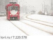 Купить «Зима. Снегопад в городе.», фото № 7220578, снято 31 января 2005 г. (c) Vladimirs Koskins / Фотобанк Лори