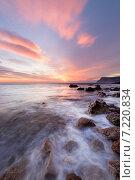 Закат на каменистом побережье Черного моря. Стоковое фото, фотограф Фёдор Ветров / Фотобанк Лори