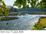 Водопад на реке Вента, самый широкий водопад в Европе (2014 год). Стоковое фото, фотограф Юлия Бабкина / Фотобанк Лори