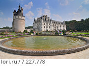 Купить «Chateau de Chenonceau France. This castle is located near the small village of Chenonceaux in the Loire Valley was built in the 15-16 centuries and is a tourist attraction in France.», фото № 7227778, снято 17 декабря 2018 г. (c) BE&W Photo / Фотобанк Лори