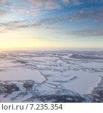Купить «Вид сверху на тундру зимой в районе реки Пур, вид сверху», фото № 7235354, снято 23 января 2015 г. (c) Владимир Мельников / Фотобанк Лори