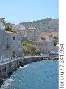 Набережная острова Идра, Греция (2013 год). Редакционное фото, фотограф Александр Гончаров / Фотобанк Лори