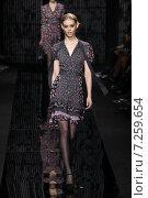 Купить «NEW YORK, NY - FEBRUARY 15: Model Ondria Hardin walk the runway at the Diane Von Furstenberg fashion show during MBFW Fall 2015 at Spring Studios on February 15, 2015 in NYC», фото № 7259654, снято 15 февраля 2015 г. (c) Anton Oparin / Фотобанк Лори