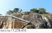 Купить «Крепость Сигирия на Шри-Ланке», видеоролик № 7278410, снято 10 апреля 2015 г. (c) Михаил Коханчиков / Фотобанк Лори
