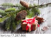 Купить «Имбирное печенье. Рождество. Christmas decoration», фото № 7287866, снято 14 января 2015 г. (c) Evgenia Shevardina / Фотобанк Лори