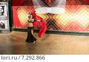 Купить «Египетский танец», эксклюзивное фото № 7292866, снято 20 мая 2019 г. (c) ФЕДЛОГ / Фотобанк Лори