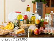 Купить «Still life with foodstuffs of supermarket», фото № 7299066, снято 20 апреля 2018 г. (c) Яков Филимонов / Фотобанк Лори