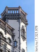 Купить «Старинная архитектура в центре Санкт-Петербурга», фото № 7321978, снято 22 мая 2019 г. (c) Vladimir Sviridenko / Фотобанк Лори
