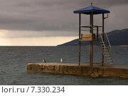 Купить «Берег моря перед грозой», фото № 7330234, снято 24 июля 2011 г. (c) Дмитрий Чулков / Фотобанк Лори