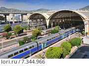 Купить «View from Above of the Nice-Ville train station and TGV Trains in Nice, Cote d'Azur, France», фото № 7344966, снято 10 декабря 2018 г. (c) BE&W Photo / Фотобанк Лори
