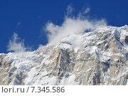 Купить «Nepal, Annapurna Conservation Area, Singu Chuli (Fluted Peak) one of the trekking peaks in the Nepali Himalaya range. The peak is located just west of Ganggapurna in the Annapurna Himal.», фото № 7345586, снято 19 июля 2019 г. (c) BE&W Photo / Фотобанк Лори
