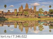 Cambodia, Siem Reap, Angkor Wat temple. Стоковое фото, агентство BE&W Photo / Фотобанк Лори