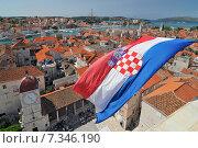 Купить «Croatia, Trogir, View on Trogir and it's Main Square from Cathedral of Saint Lawrence, Croatia», фото № 7346190, снято 26 марта 2019 г. (c) BE&W Photo / Фотобанк Лори