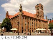 Купить «Poland, Torun, Town Hall on Staromiejski Square», фото № 7346594, снято 19 марта 2019 г. (c) BE&W Photo / Фотобанк Лори