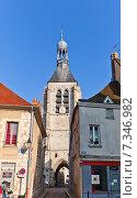 Купить «Колокольня (XVI в.), единственная сохранившаяся постройка монастыря Нотр-Дам-дю-Валь в городе Провен, Франция. Объект ЮНЕСКО», фото № 7346982, снято 22 февраля 2015 г. (c) Иван Марчук / Фотобанк Лори