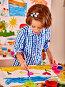 Child painting at easel., фото № 7376146, снято 25 ноября 2012 г. (c) Gennadiy Poznyakov / Фотобанк Лори
