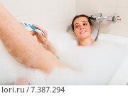 Купить «Girl in foam at bathtub», фото № 7387294, снято 23 июля 2018 г. (c) Яков Филимонов / Фотобанк Лори