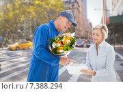 Купить «Composite image of happy flower delivery man with customer», фото № 7388294, снято 16 сентября 2019 г. (c) Wavebreak Media / Фотобанк Лори