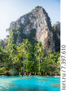 Купить «swimming pool at thailand touristic resort beach», фото № 7397610, снято 13 февраля 2015 г. (c) Syda Productions / Фотобанк Лори