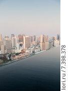 Купить «view from infinity edge pool to bangkok city», фото № 7398378, снято 6 февраля 2015 г. (c) Syda Productions / Фотобанк Лори