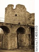 Купить «Средневековая крепость Копорье. Обработка», фото № 7409010, снято 2 мая 2015 г. (c) Nelli / Фотобанк Лори